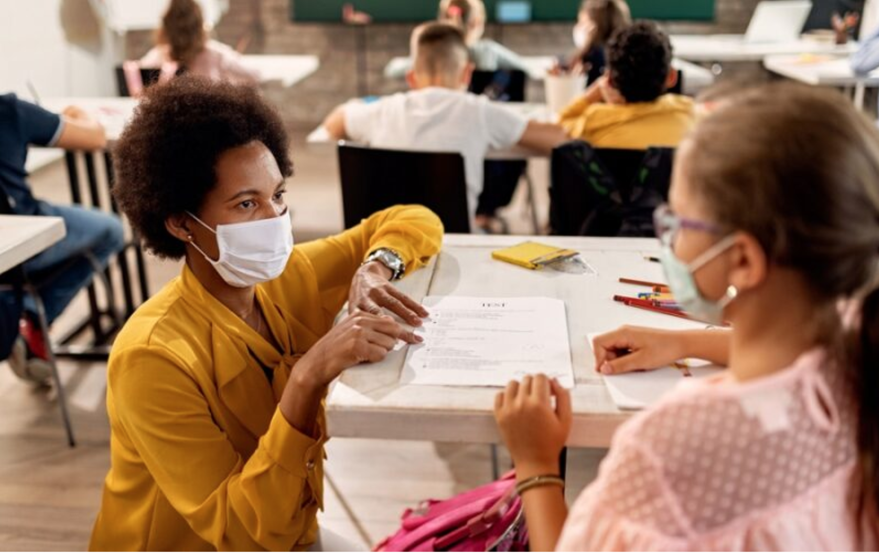 New York teacher helping student during COVID-19 pandemic